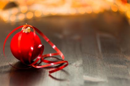 christmas-ball-1867280_1920_pixabay_pexels